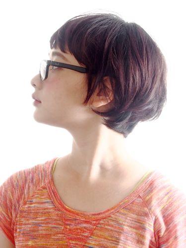 眼鏡に合う40代向けショートボブの髪型