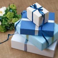 職場の方への結婚祝いのお返しはどうするのが正解?マナーやおすすめ商品をご紹介