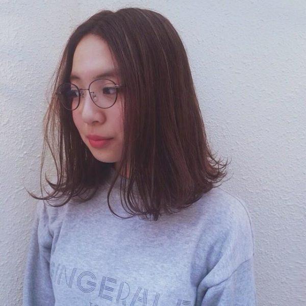 眼鏡を掛けた40代に合うおしゃれな髪型5