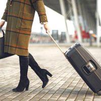 機内持ち込みにもおすすめの小型スーツケース12選。仕事や旅行もこれで安心