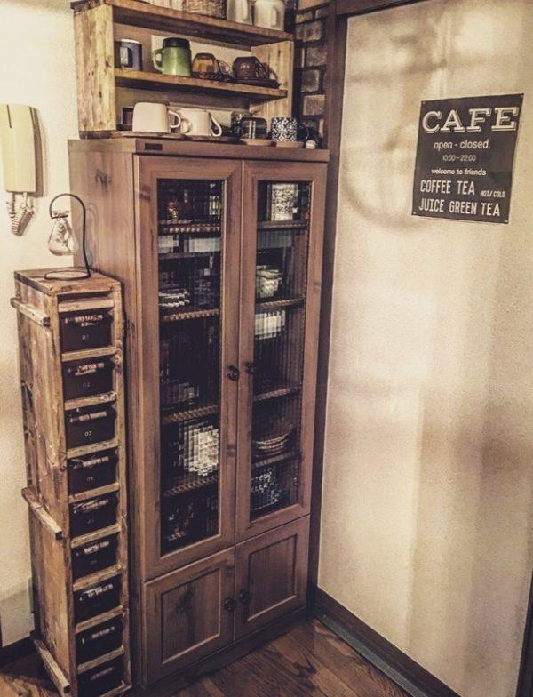 食器棚のDIYにも使えるセリアのプラボックス