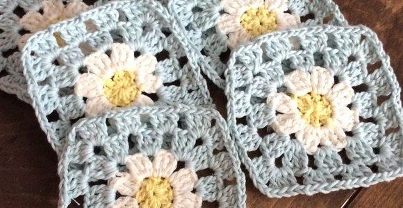 編み物初心者さんはここから始めよう。簡単おしゃれな作品アイデアをご紹介