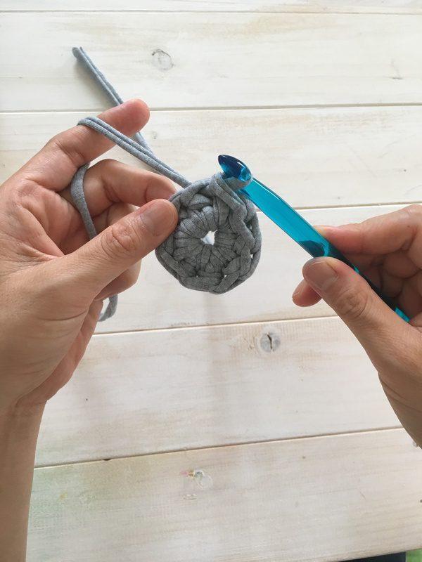 使い勝手のいいかぎ針編み《中長編み》
