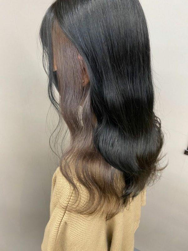 黒髪に合うシナモンベージュのインナーカラー