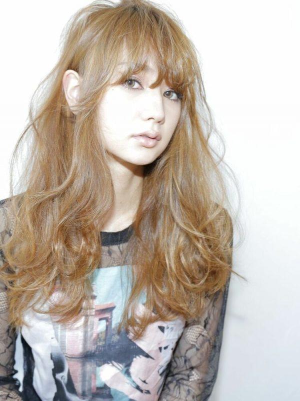 大人女性のロング×外国人風前髪アレンジ