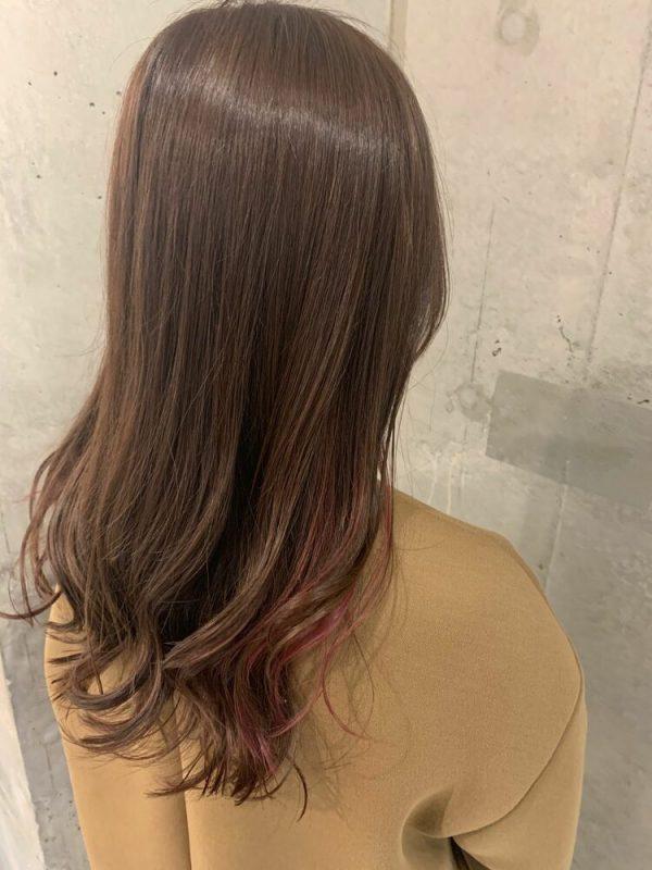 春らしいピンクのインナーカラー