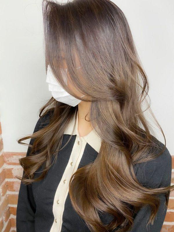 夏におすすめの韓国風ロングの髪型