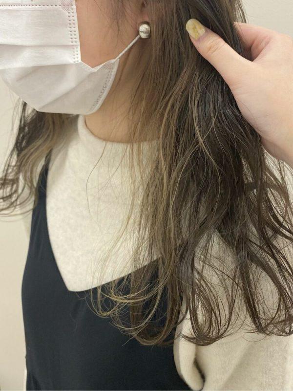 おしゃれツートーン×オリーブブラウンの髪色