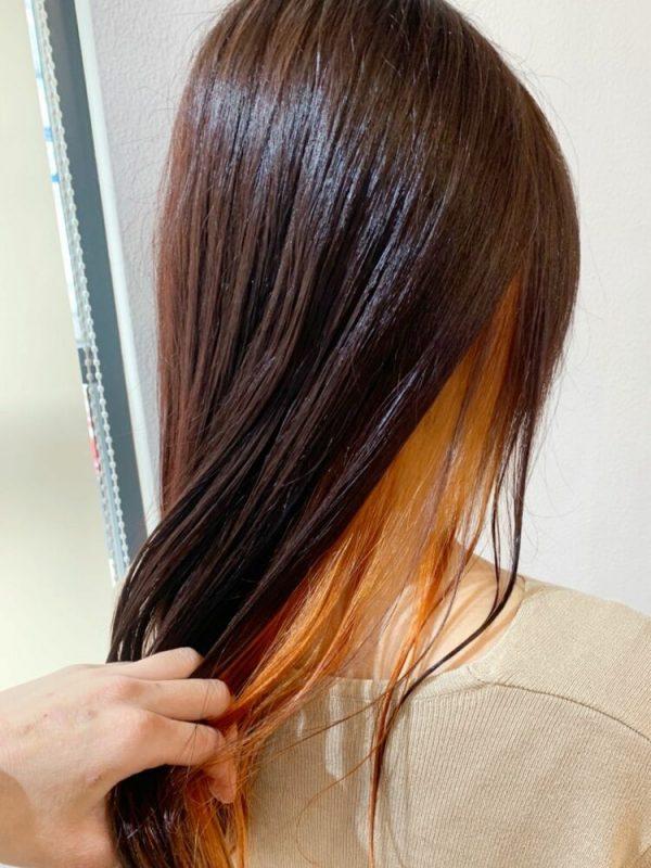 コントラスト強めのオレンジインナーカラー