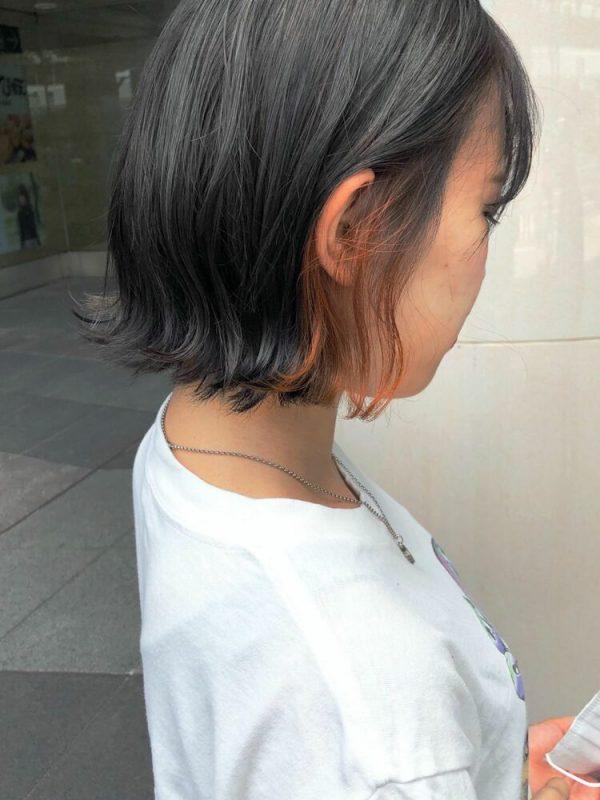 ワンポイントになるインナーカラーの髪型
