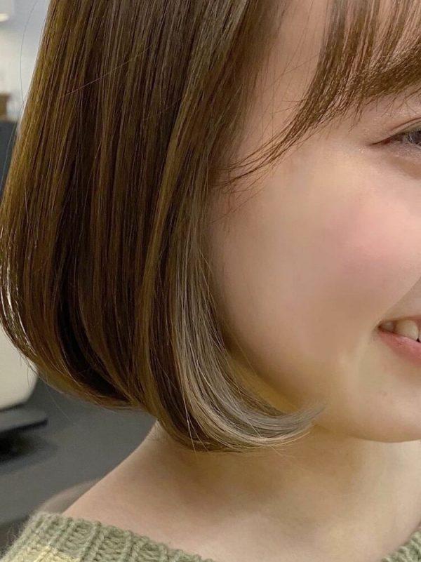 イエベ春×オリーブベージュのインナーカラー