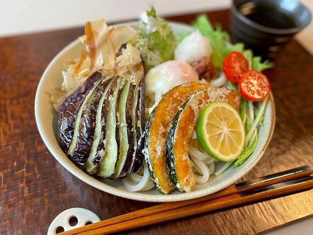 豪華!野菜たっぷりおろし冷やしうどんレシピ