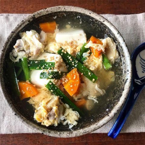 豆腐と鶏とニラの卵スープ