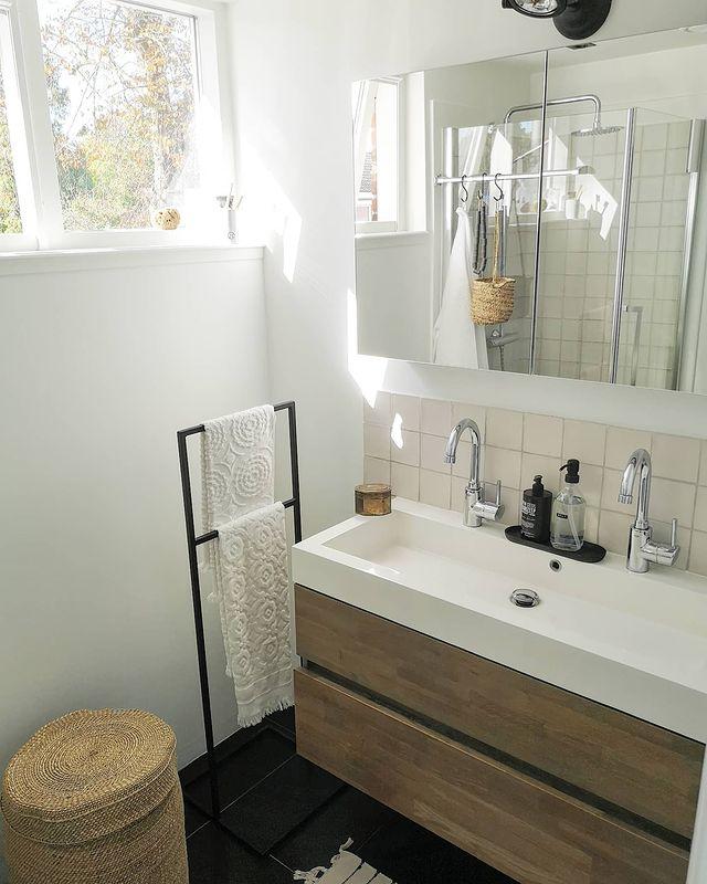 清潔で使い勝手の良い洗面所インテリア