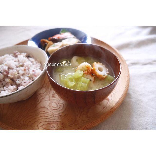 蕗とちくわの味噌汁
