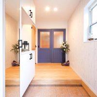ホッとするおしゃれな玄関デザインをご紹介。第一印象を決める大切な空間作り15選