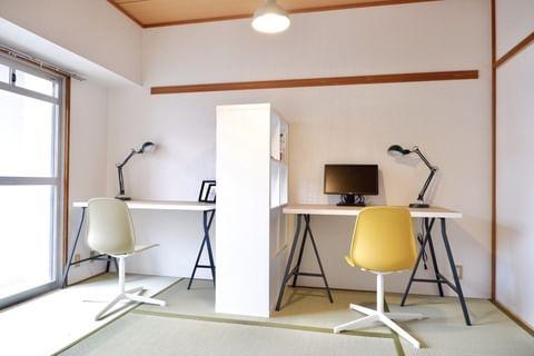 収納も完備したモダンな和室実例