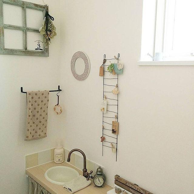 鏡 トイレ