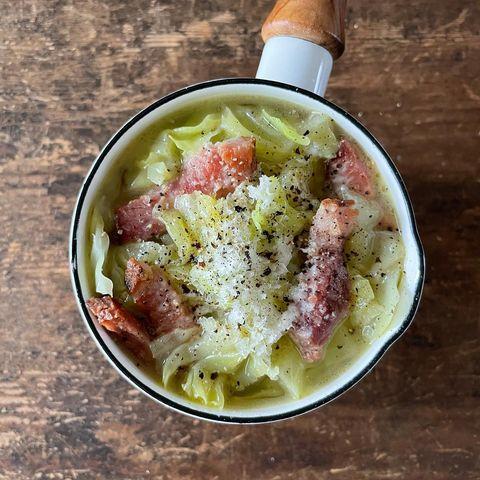キャベツの簡単スープ