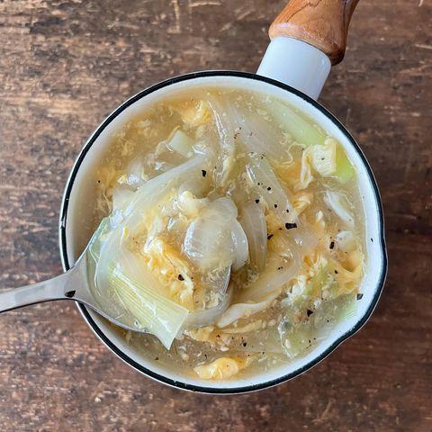 新玉ねぎで卵スープ