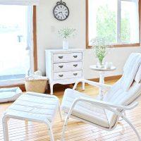 心地よい揺れが魅力のロッキングチェア12選。布・木製などのおしゃれ商品まとめ