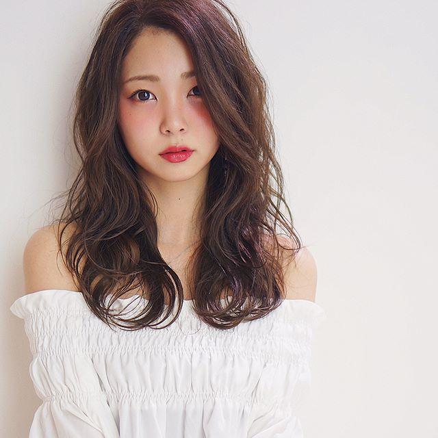 暗髪×プラチナアッシュカラー