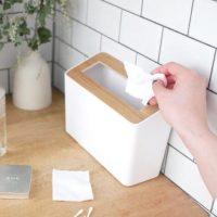 木目のフタが上質な「卓上ゴミ箱」。洗面台やデスクなど狭い場所にすっきり置ける!
