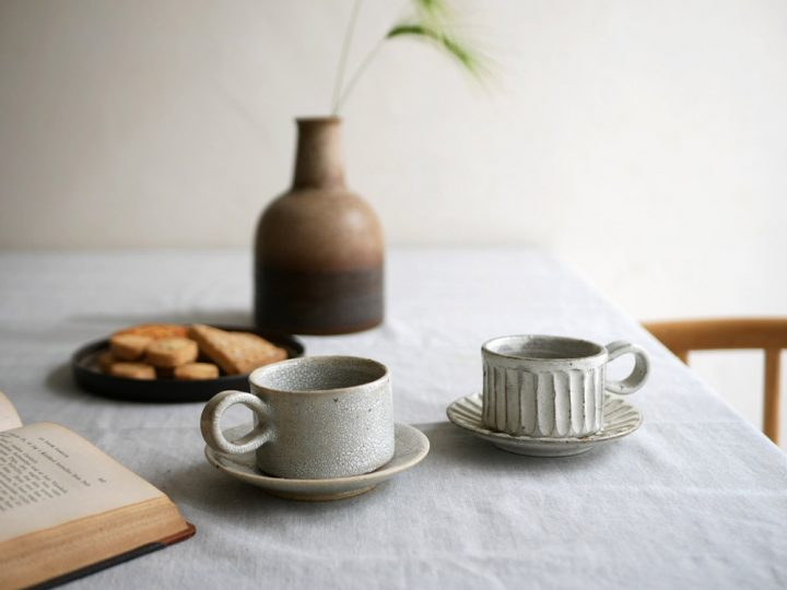 コーヒー椀と丸皿1