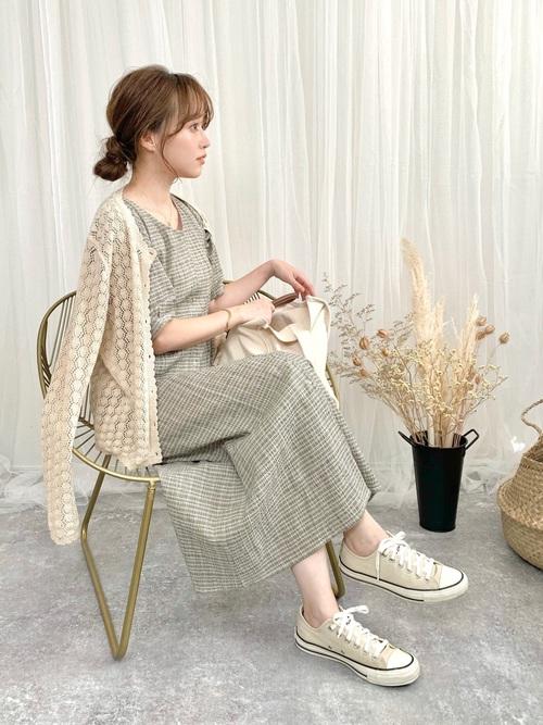 ユニクロの透かし編みカーディガン