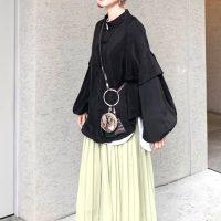 《2021春》ユニクロのプリーツスカートを着こなす。高見えする大人コーデ術