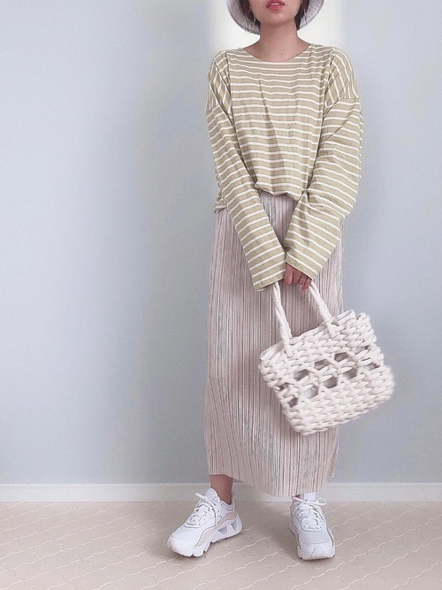 GUプリーツナロースカート