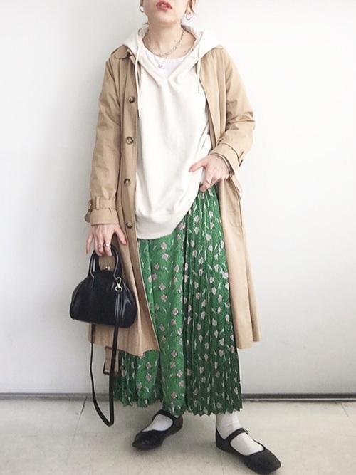GUグリーン花柄スカート