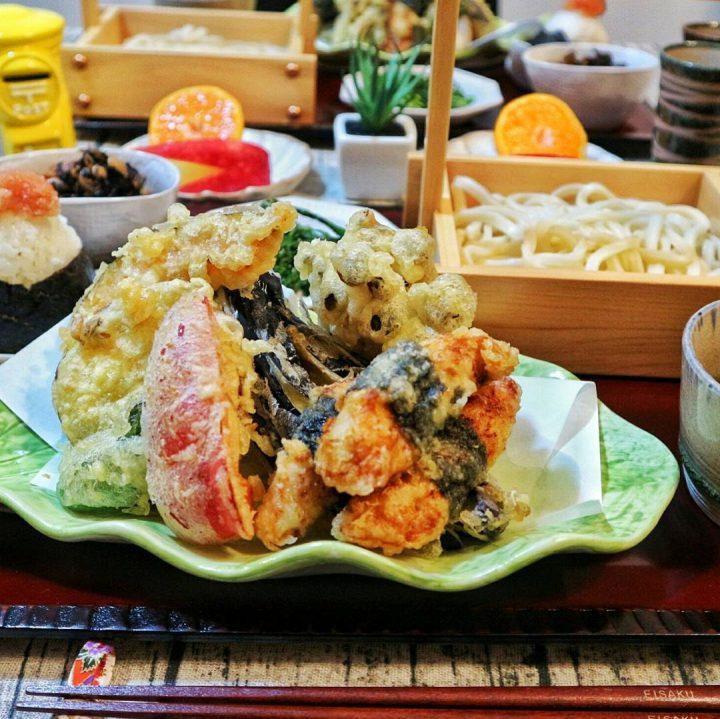 麺類の食事の付け合わせに人気の天ぷら