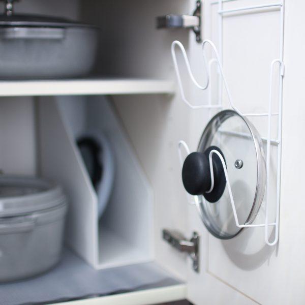 鍋蓋ホルダーを使った調理器具収納