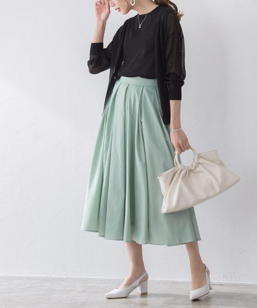[Pierrot] 【手洗い可】タックロングフレアスカート