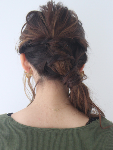 前髪なしのロングにおすすめのまとめ髪
