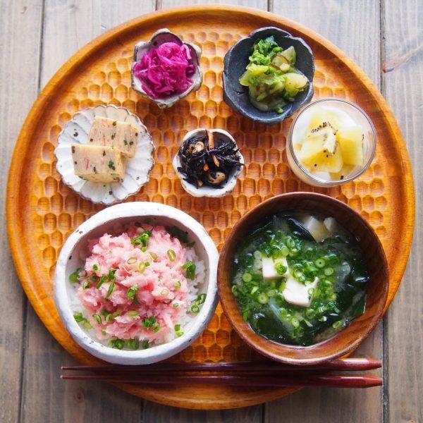 簡単で人気のレシピなら白菜の塩昆布和え