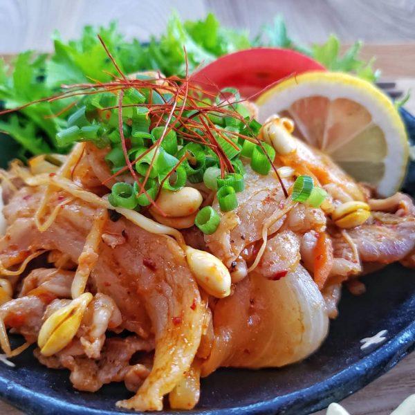 簡単レシピで定番のスタミナ料理☆豚キムチ