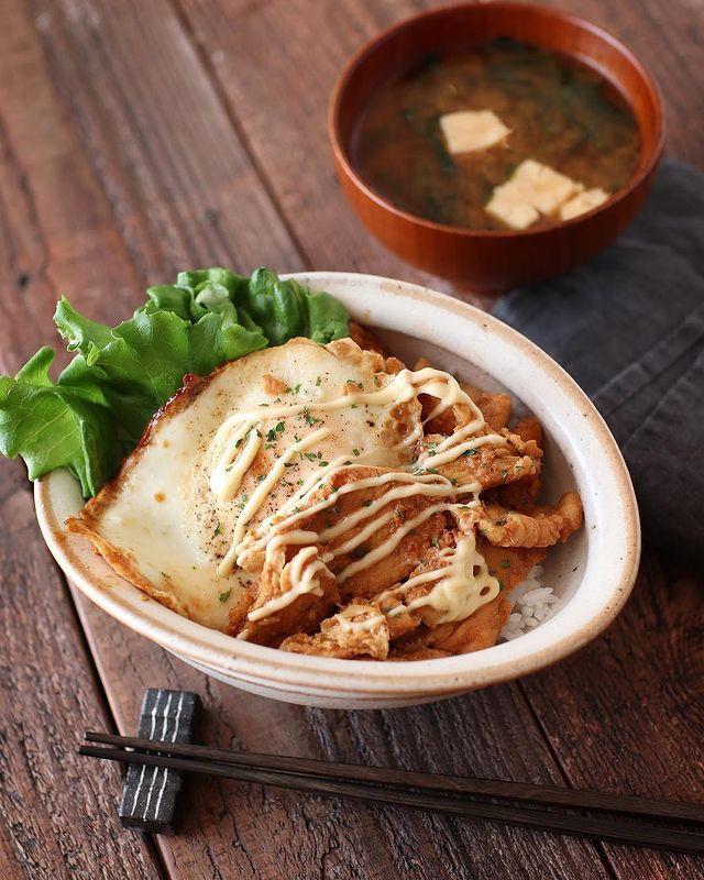 鶏むね肉の生姜マヨ丼