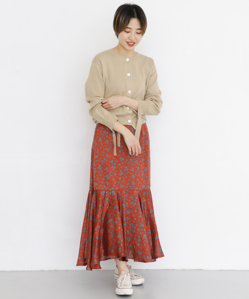 [URBAN RESEARCH OUTLET] シアーストライプフラワースカート∴