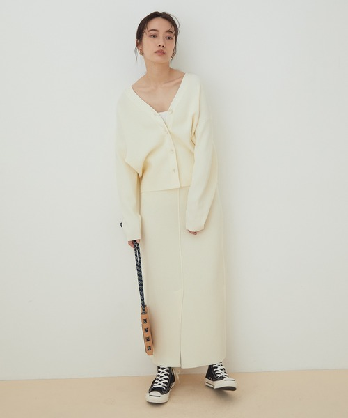 タック編みニットタイトスカート