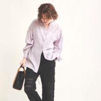 黒のワイドパンツ×夏コーデ20選。定番アイテムをバランス良く着こなす着回し術