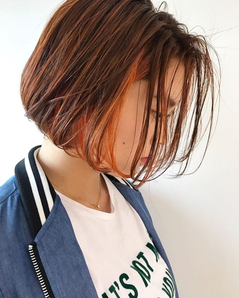 束感がおしゃれなボブのインナーカラーの髪型