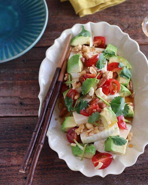 豆腐とアボカドのエスニックサラダレシピ