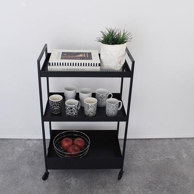 IKEAの人気ワゴンが◎マグカップの見せる収納