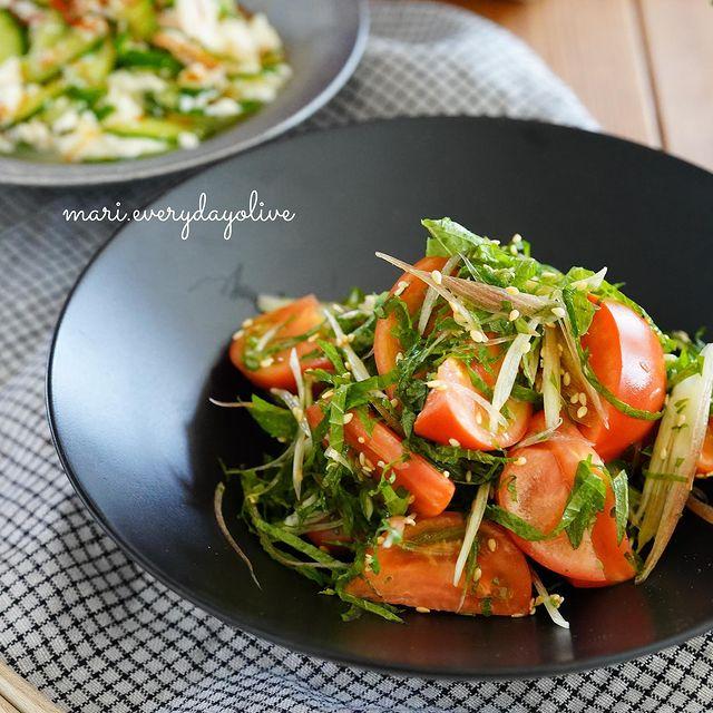 たっぷり薬味とトマトのサラダ