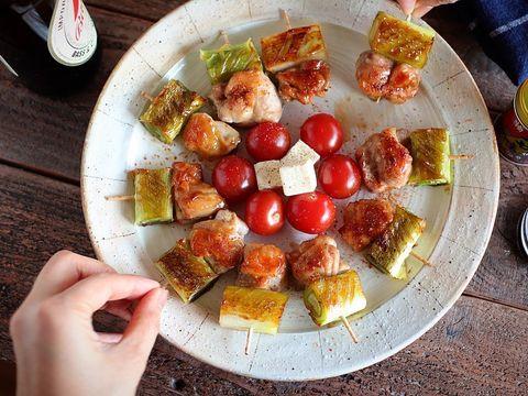 お酒に合うフライパン料理!ミニ焼き鳥レシピ
