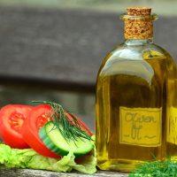 《カルディ》の人気ドレッシング14選。野菜が美味しく食べられるおすすめ商品