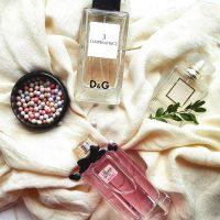 人気の香り「ムスク」の特徴って?種類や大人女性におすすめ香水をご紹介