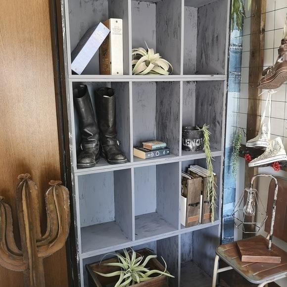 カラーボックスを使うアイデアDIY本棚